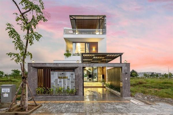 Ngôi nhà trên mảng đất 180m2 đẹp như resort