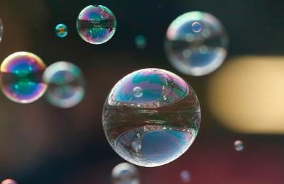 Từ Bitcoin, giá nhà đến chứng khoán, bong bóng đang ở mọi nơi