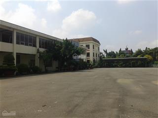 Cho thuê kho xưởng kcn tân đức mới xây 11000m2, xây dựng 7600m2 giá 66.783 đ/m2/th.  0915715***