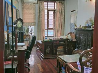 Bán nhà mặt ngõ to phố Tôn Đức Thắng, 61m2, 5T, ô tô vào nhà, kinh doanh tốt, 15.8 tỷ