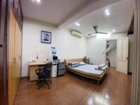 Bán nhà mặt phố Phùng Hưng, Hoàn kiếm, vĩa hè rộng, S = 50m2, 4 tầng, mt 9m, LH 0976667868