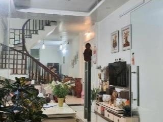 Bán nhà mặt phố Lê Hồng Phong, vị trí vàng kinh doanh sầm uất 60m2 12tỷ.