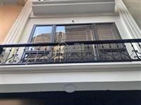 Cần bán nhà s 30m2 x 4 tầng, hòe thị, phương canh, ngay gần trường fpt, và đường trịnh văn bô