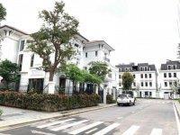 Bán shophouse, biệt thự embassy garden, ngay kđt tây hồ tây, vị trí đẹp, giá tốt  0984879***